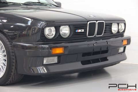 BMW M3 E30 Cabriolet + Hard-Top