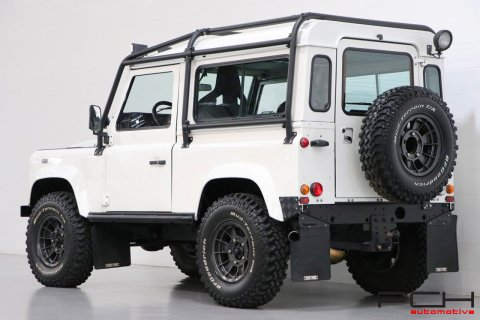 LAND ROVER Defender 90 2.5 Td5 122cv - OFF-ROAD -