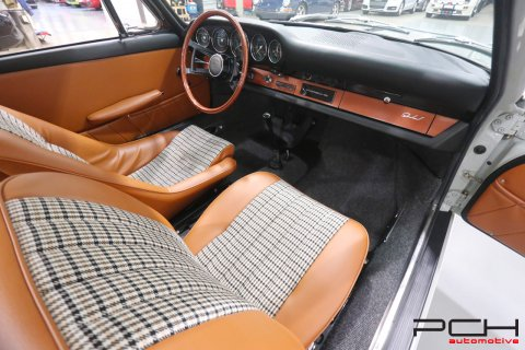 "PORSCHE ""Early"" 911 2.0 6 Cylindres SWB - Carburateurs Solex -"