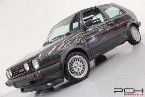 VOLKSWAGEN Golf GTI 1.8 16 Soupapes