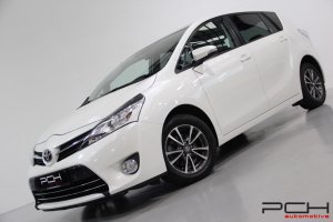 TOYOTA Toyota Verso 1.6 D-4D 111cv Skyview 5 places