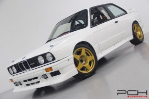 BMW M3 E30 Groupe A - PASSEPORT FIA -