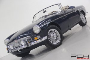 MG MGB 1.8 + Overdrive - COMPLETELY RESTORED - BODY-OFF! -