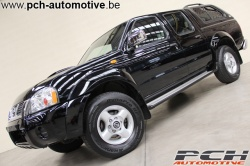 NISSAN Navara NP300 2.5 DCi Pick-Up King Cab + Hard-Top