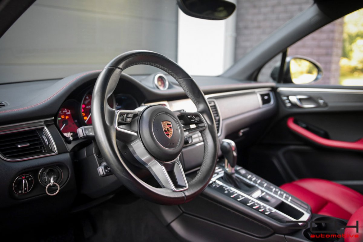 PORSCHE Macan GTS 3.0 V6 360cv Bi-Turbo PDK !!!*FULL OPTIONS*!!!