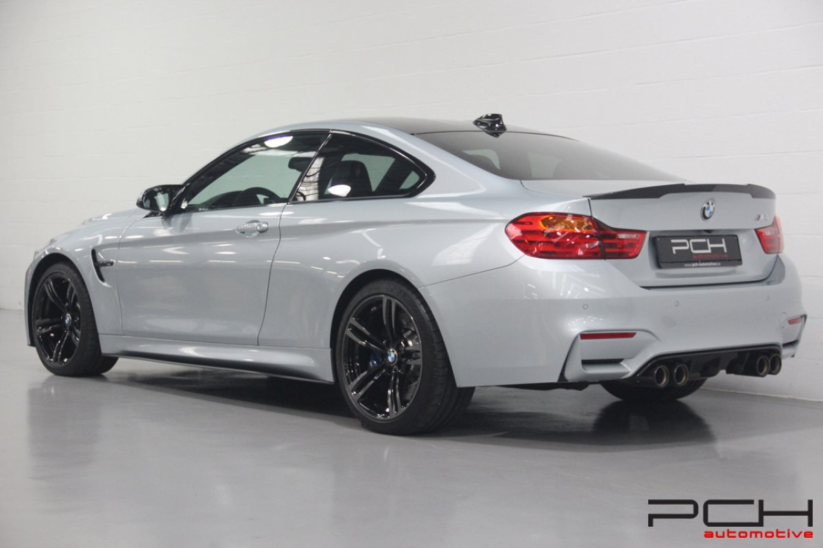 BMW M4 3.0 430cv DKG Drivelogic - FULL M PERFORMANCE -